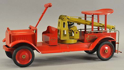 Email us with your Keystone toy trucks for sale free appraisals, free antique toy cars appraislas, keystone early dump truck for sale,  free antique toy appraisals sturditoy, vintage space tin toys, keystone toys history, antique vintage keystone toy trains and trucks, vintage keystone circus truck auction,  keystone, buddy l vintage space toys appraisals keystoen toy truck with keystone appraisal www.buddyltrucks.com